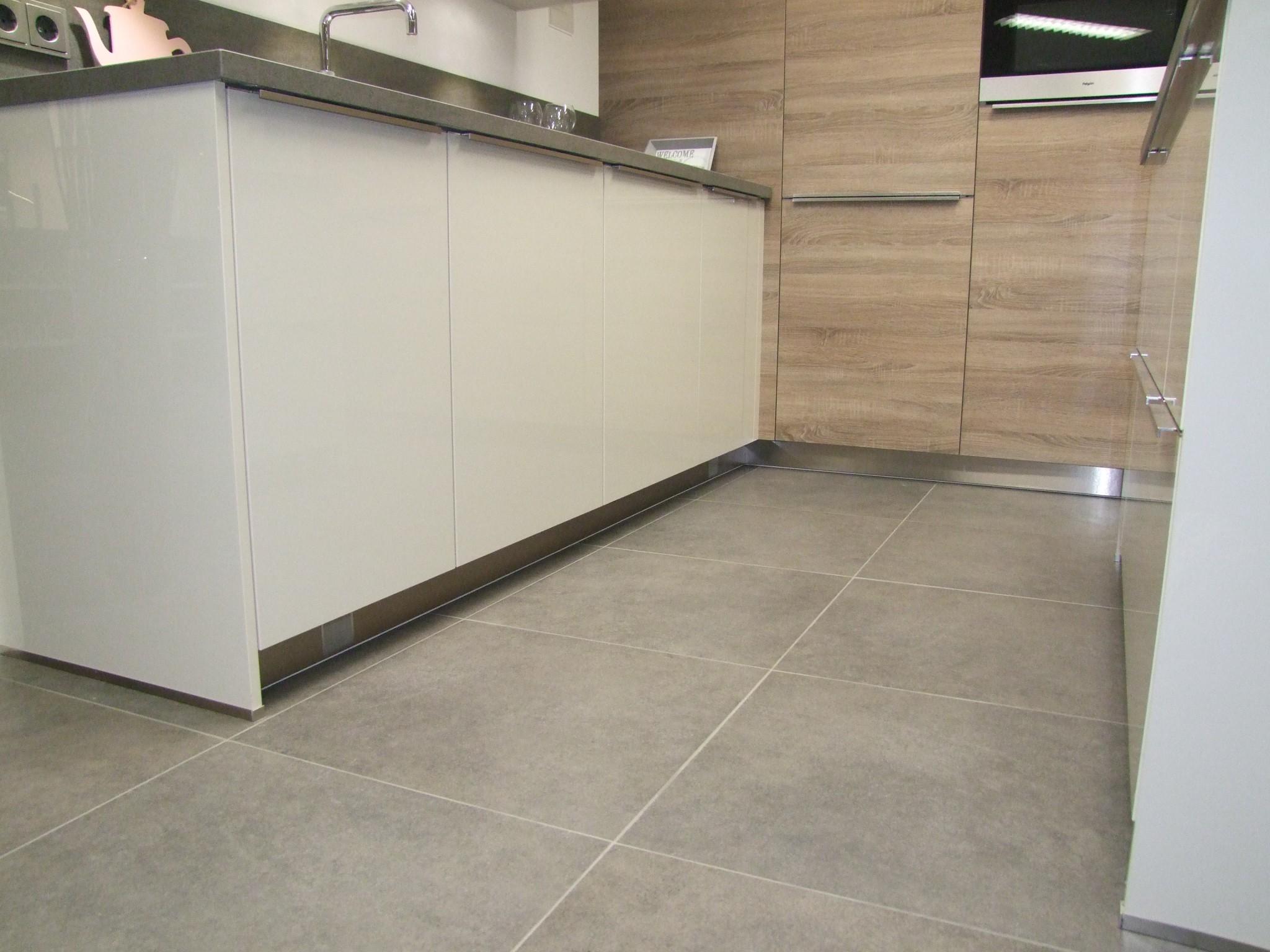 Rvs Plint Keuken : Rvs stopcontacten keuken nieuw rvs plint keuken best de mooiste